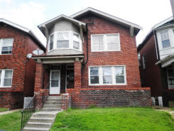4215 E Margaretta Ave Saint Louis, MO 63115