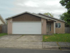 891 W Olympic St Springfield, OR 97477