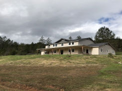 1796 LIMPY CREEK RD Grants Pass, OR 97527