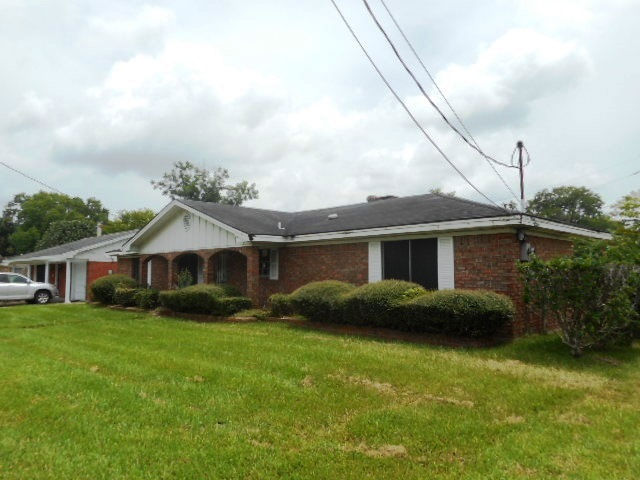 4185 S 4th St, Beaumont, TX 77705