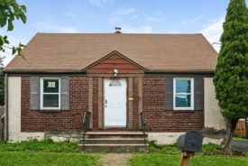 55 Bernard St Carteret, NJ 07008