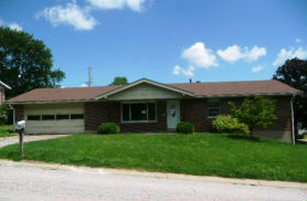 802 Clarence Dr Saint Charles, MO 63301