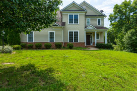 75 Marsh Run Rd Fredericksburg, VA 22406