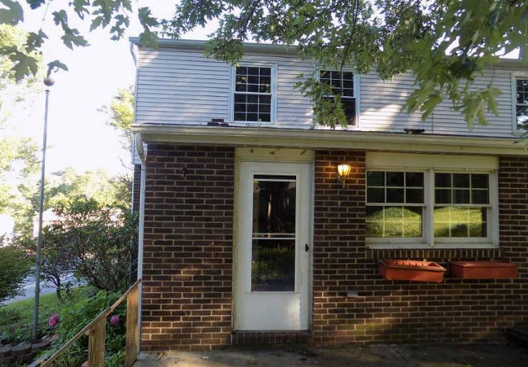 155 Hunting Creek Rd, Canonsburg, PA 15317