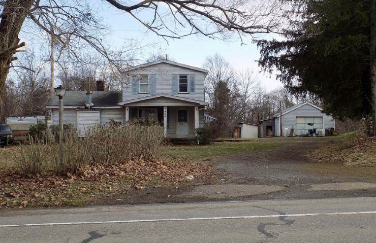 466 Chicora Rd, Butler, PA 16001