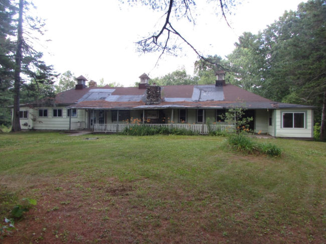 585 Route 135, Monmouth, ME 04259