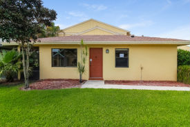 16324 COUNTRY LAKE CIRC Delray Beach, FL 33484