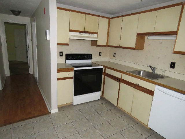 1 Reed Ave Unit 2, Plymouth, MA 02360