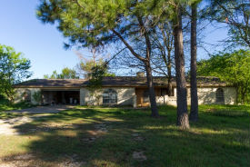 2649 County Road 425a Cleburne, TX 76031