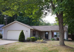 288 E Parkway Dr Madison, OH 44057