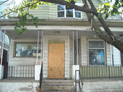 937 S 35th St Milwaukee, WI 53215