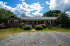 9272 Cople Highway Hague, VA 22469