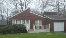 54 Arpage Dr E Shirley, NY 11967