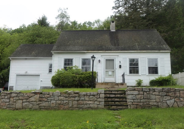 13 Westwood Ave, Ellenville, NY 12428