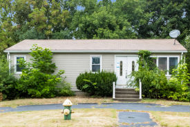 30 Hedley Ave Johnston, RI 02919