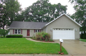 802 June Ct Fremont, OH 43420