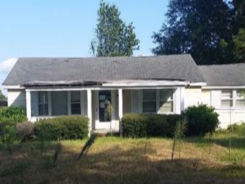 143 BROWN ST Lake City, SC 29560