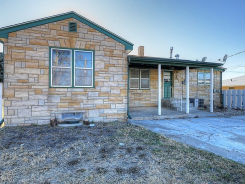 215 E 20th St Hays, KS 67601