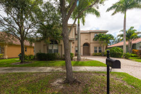 14620 Beaufort Cir Naples, FL 34119