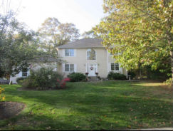 27 Linden Ct North Kingstown, RI 02852