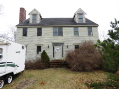 288 Center Hill Rd Plymouth, MA 02360