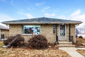 1534 W Bolivar Ave Milwaukee, WI 53221