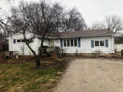 5425 NW 4th Ct Des Moines, IA 50313