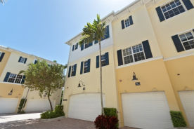 308 N Bromeliad West Palm Beach, FL 33401