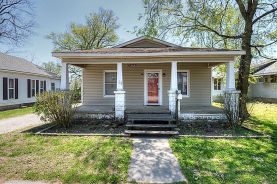 640 W Oak St Columbus, KS 66725
