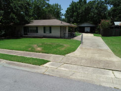 2113 SANDALWOOD PL Gautier, MS 39553